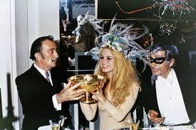 Dali, Bardot and the Count