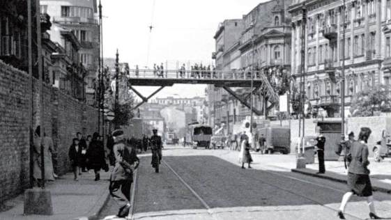 Warsaw Ghetto footbridge